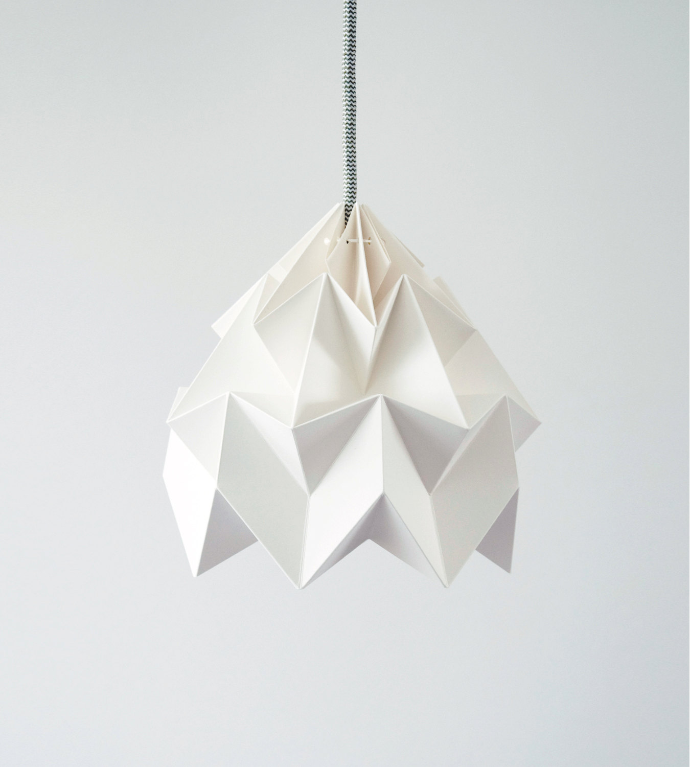 Geometric Origami Hanging Lamp by Nellianna