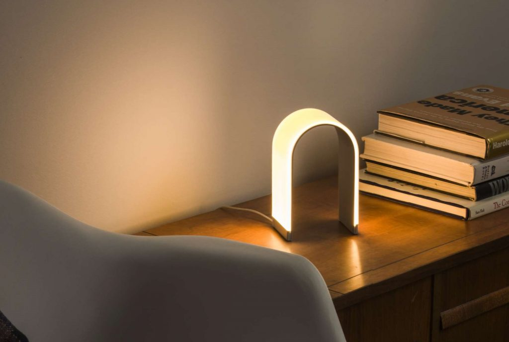 Mr. N, A modern and minimalist dimming LED table lamp by Koncept