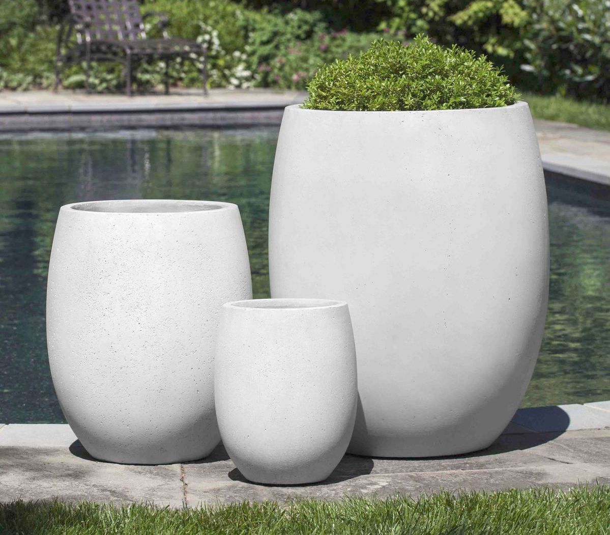 Large Round Minimalist Gray Concrete Planter Set